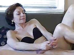 Nice Granny Handjob !