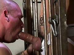 Kinky caged action - Factory Video