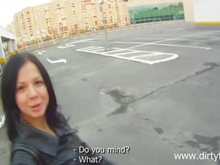 vera sucking cock on the parking lot
