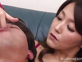 japanese brunette milf gets kinky with her man
