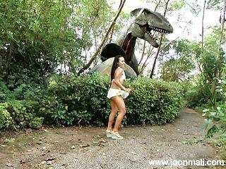 thai tight teen joon's outdoor solo action