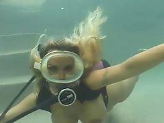 Blonde scuba pool fuck