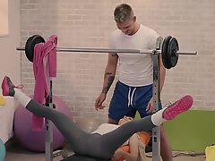RELAXXXED - Erotic gym fuck with blonde-haired Czech babe