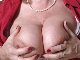 busty mature still needs attention and a cock
