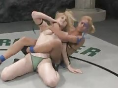Hot Blonde Babes in a Catfight