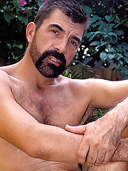 Gay Bear Outdoor Stroking