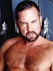 Gay Bear Solo Stroking
