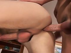Twink bareback action! (Great clip)